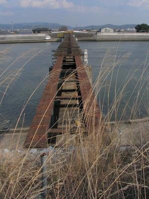 鉄道橋.jpg
